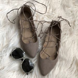 Old Navy Lace Up Flat